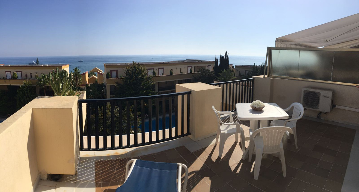 Top floor with incredible Sea Views. Frontline Beach Complex Studio / Apartment Located in prestigio, Spain
