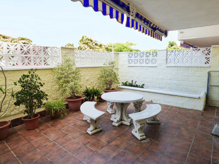 Beautiful ground floor apartment for sale close to the center of Arroyo de la Miel in urbanisation w,Spain