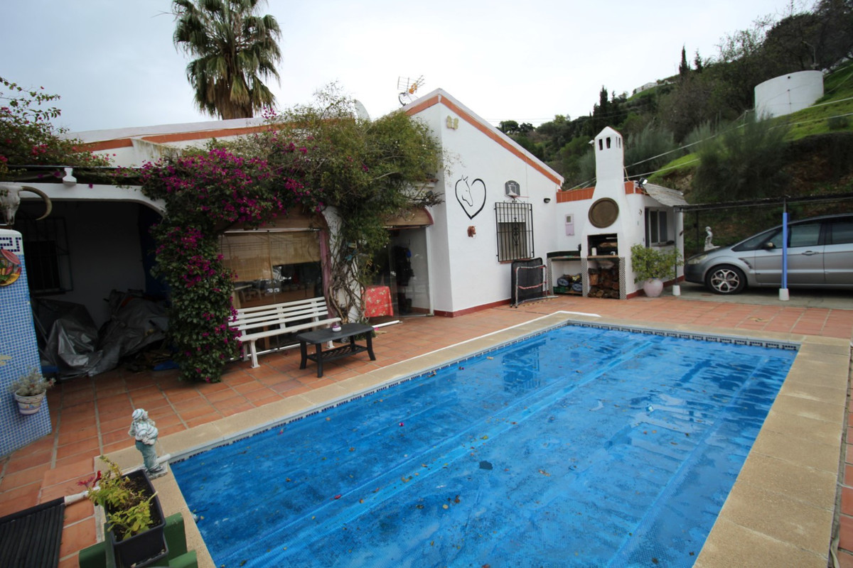 Beautiful finca with horses in Competa, has a spacious living room with fireplace, access to an clos, Spain
