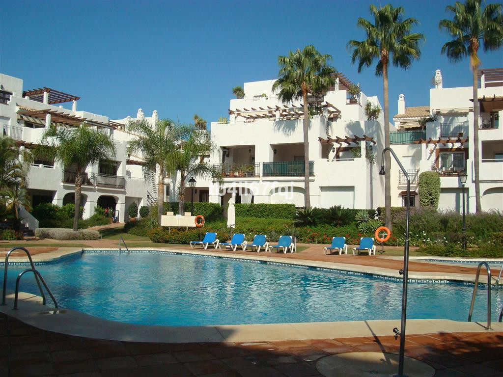 "Apartment located in Nueva Alcantara in the complex ""La Gavia"", in San Pedro de Alcantara., Spain"