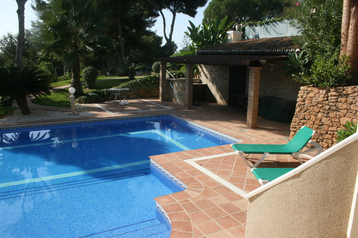 This luxury villa was fully renovated in 2012 according German standards and qualities. The highest , Spain