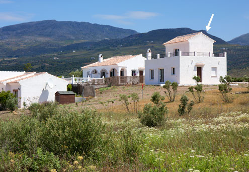 Detached Villa for Sale 3 bedrooms and 2 bathrooms. Located in an elevated position with wonderful v, Spain