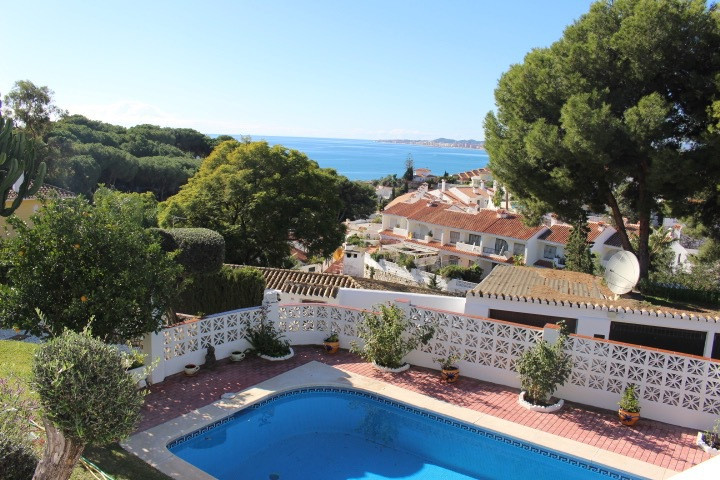 Charming villa set in a beautiful mature garden, enjoying great privacy and spectacular sea views. G, Spain