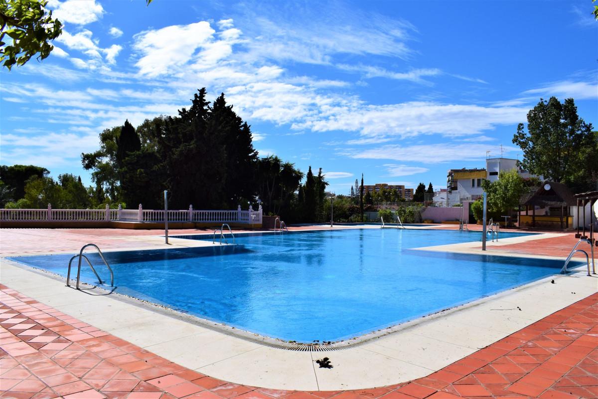 The house: - 80 m2 built (72 m2 useful). - 1 bedroom and 1 bathroom. - 2 terraces. - Community garag,Spain