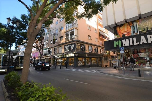 If its Fuengirola that you are looking for you can not get any more central than this second floor a,Spain