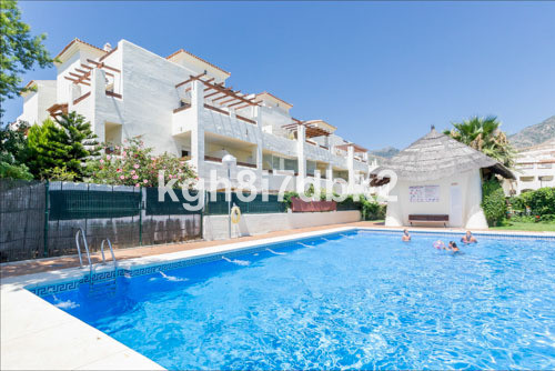 South West facing 2 bed 2 bath, 1st floor apartment surrounded by the Bil Bil golf course and with f,Spain