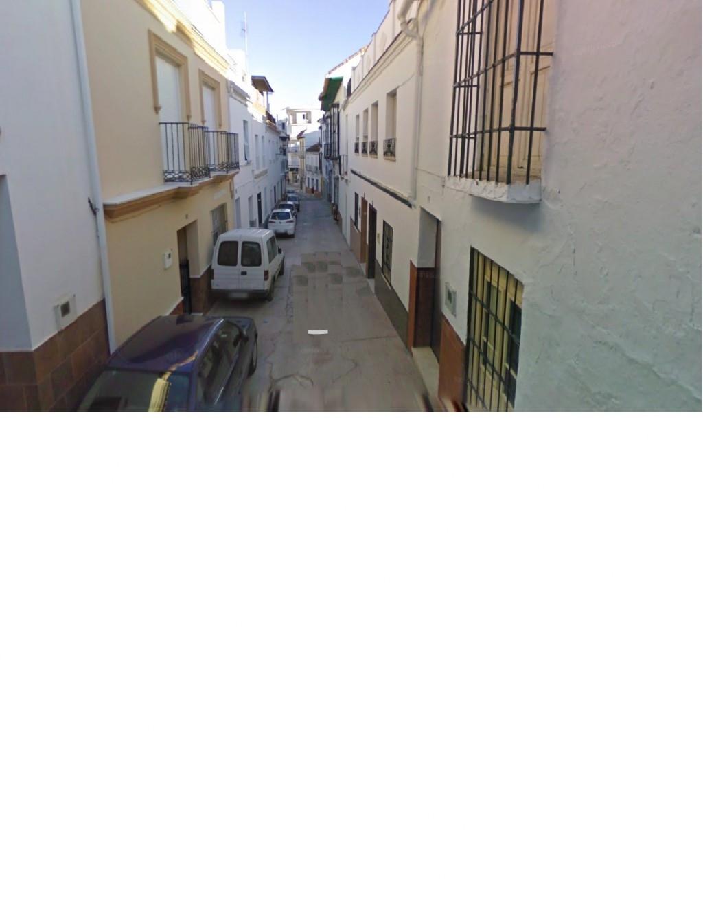 Great townhouse located in Alhaurin el Grande, the property is spacious, with several bedrooms, bath, Spain