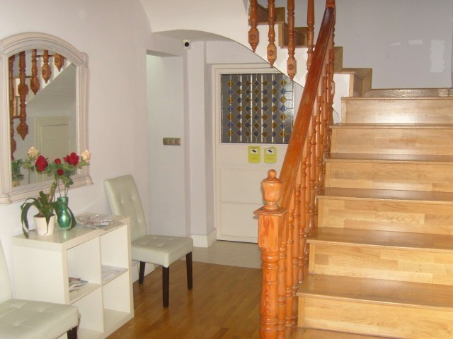 MAGNIFICENT HOME IN THE HEART OF ALBAICIN. THE HOUSE built in A PLOT OF 280 METERS AND IS DIVIDED IN,Spain