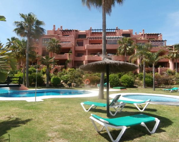 Originally purchased for 450,000€ this spacious duplex penthouse, personal circumstance now force sa,Spain