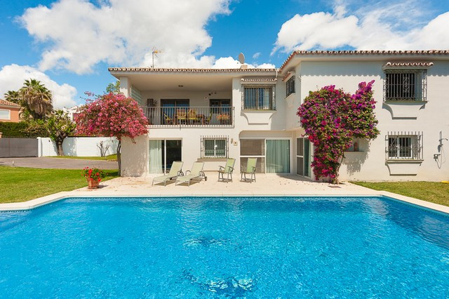 An Excellent 5-bedroom villa located in the centre of Marbella in a quiet residential area.  It enjo, Spain