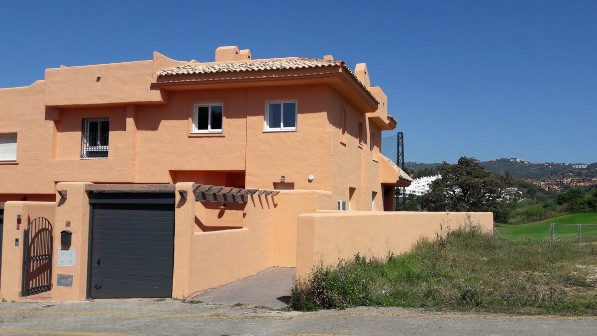 The best corner unit at the development, for resale now. Completely refurbished, part furnished, ful,Spain