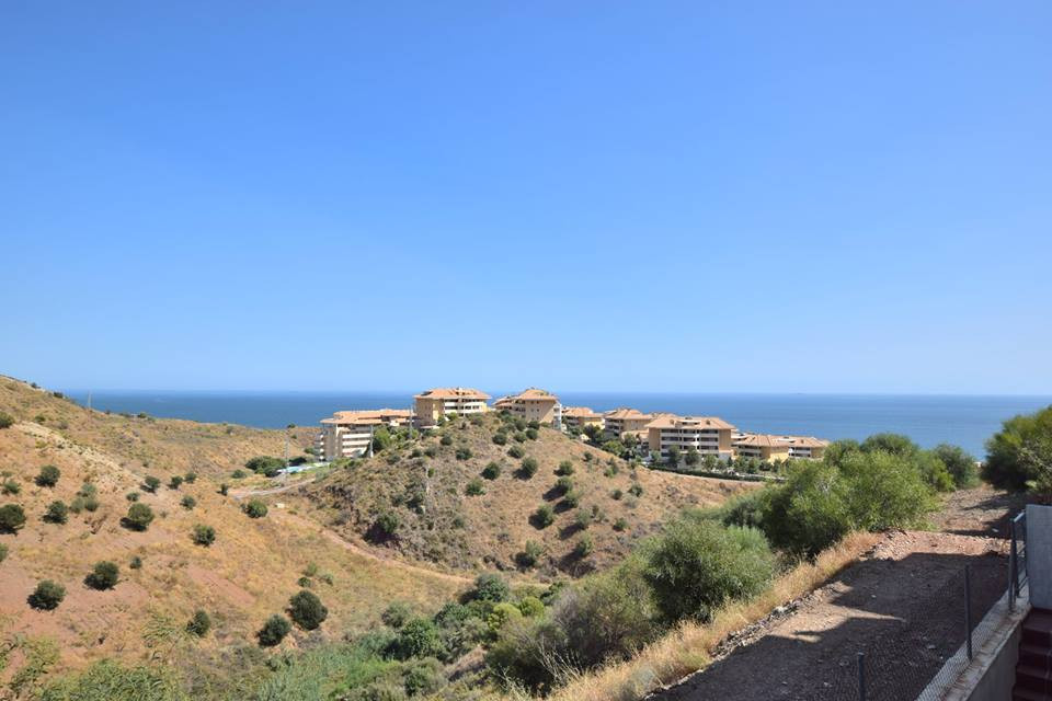 Middle Floor Apartment, Fuengirola, Costa del Sol. 2 Bedrooms, 2 Bathrooms, Built 130 m², Terrace 30, Spain