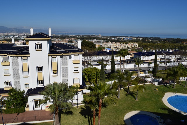 MODERN URBANIZATION OF 2006 IN THE AREA OF BUENAVISTA WITH VERY LARGE GARDEN SPACE AND LARGE COMMUNI,Spain