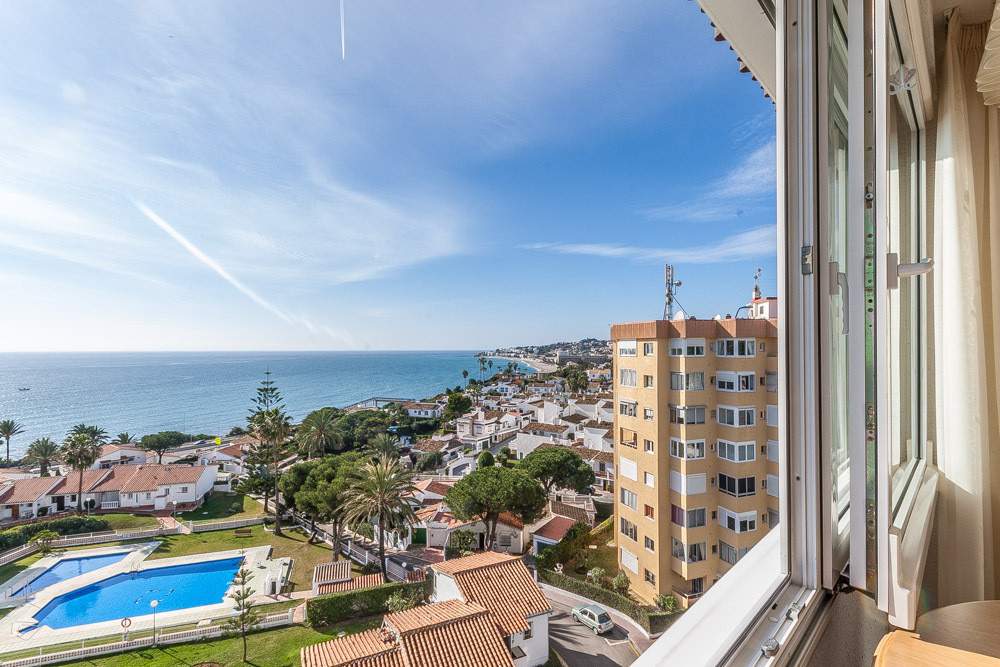 Lovely top floor apartment in La Cala with panoramic sea views. The apartment is on the 7th floor an,Spain
