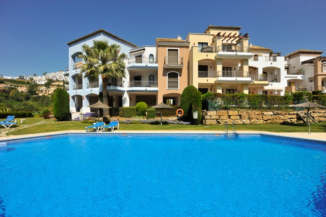 Stunning front line golf apartment situated in the very sought after Los Arqueros Golf and Country C, Spain