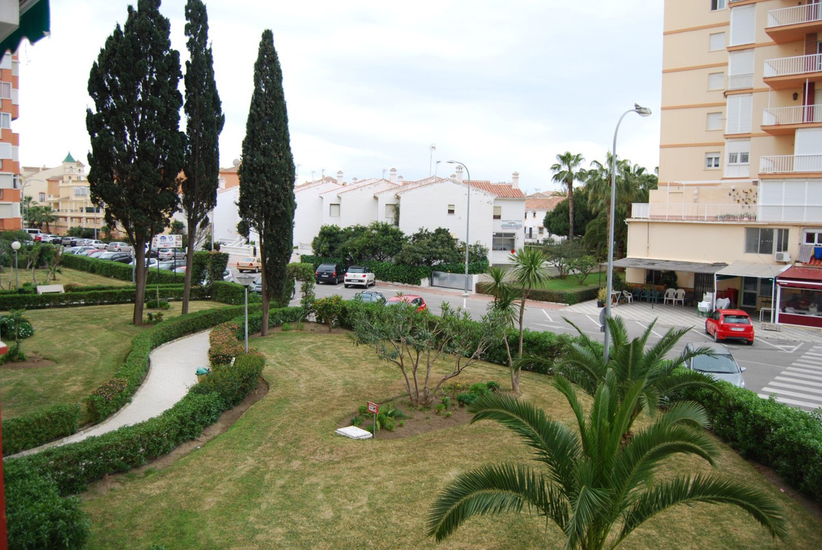 Apartment Torrox Costa  Modern 1 bedroom apartment This modern and well maintained 1 bedroom apartme, Spain