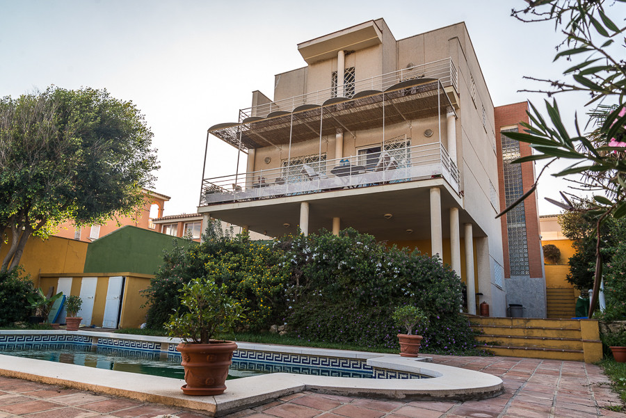 AMAZING DETACHED HOUSE IN ALGECIRAS  House for sale in one of the best areas of Algeciras. Great opp,Spain