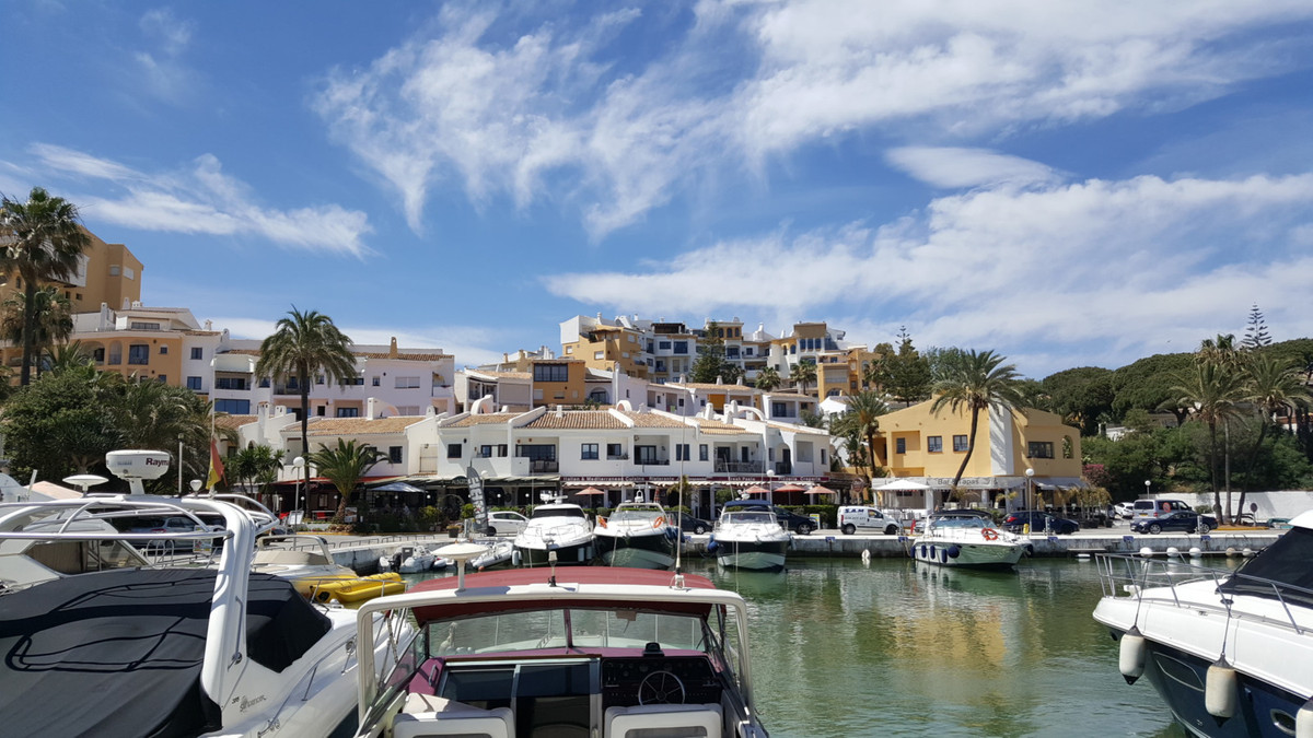 OPPORTUNITY, Completely refurbished and a perfect rental investment. Ground Floor Apartment, Puerto ,Spain