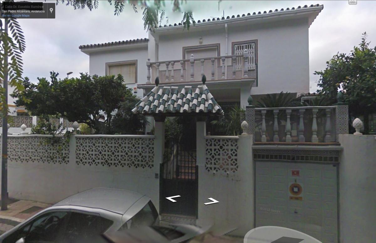 Bargain Opportunity! city villa in San Pedro de Alcantara ! Detached Villa, San Pedro de Alcantara, ,Spain