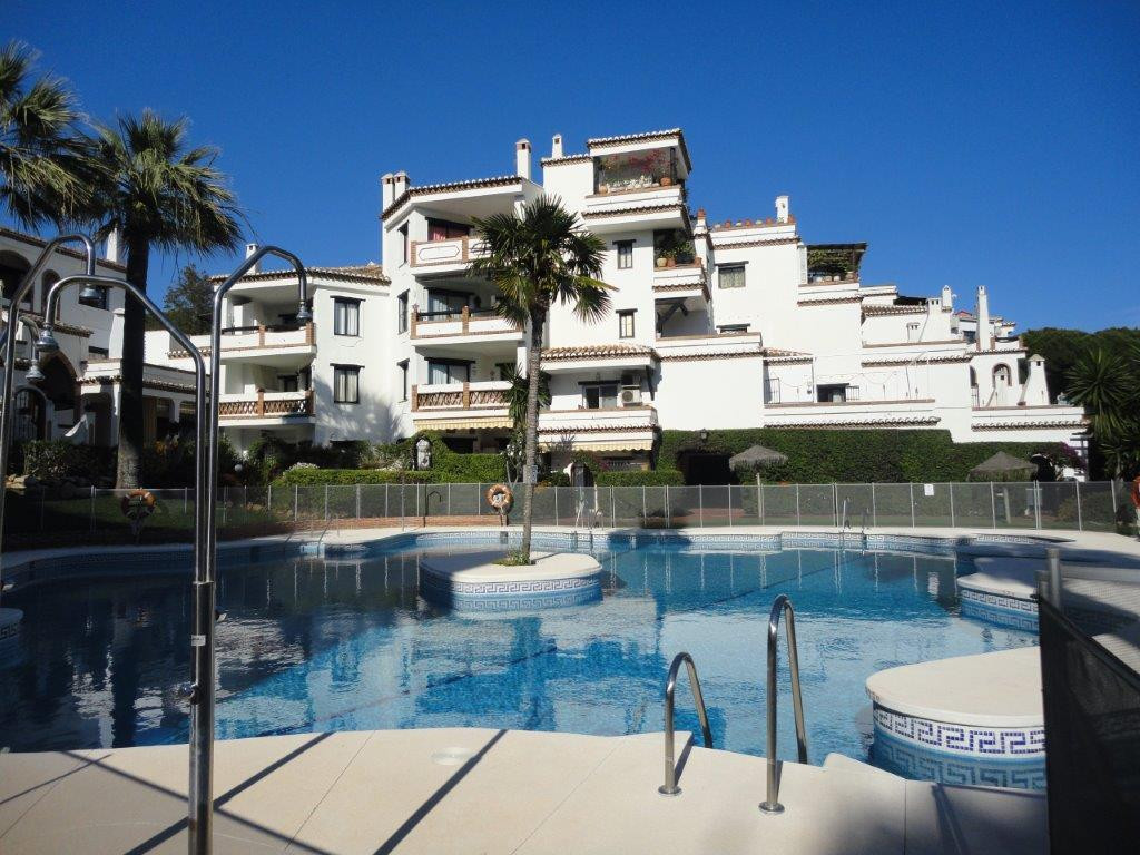 Beautiful apartment with 2 bedrooms, 2 bathrooms, 1 guest toilet, fully fitted and equipped kitchen,,Spain