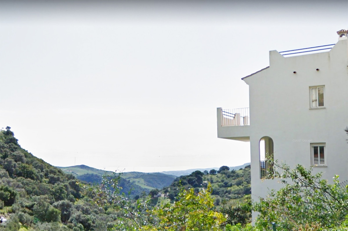 Wonderful townhouse with spectacular views of the Mediterranean Sea enjoying luxury details with 3 b,Spain