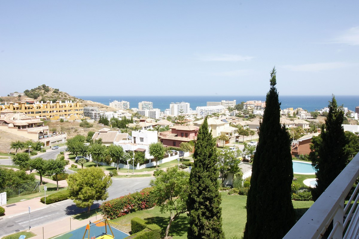 Apartment with sea views in Golf Resort Torrequebrada, about 500 meters from the beach in a luxury r, Spain