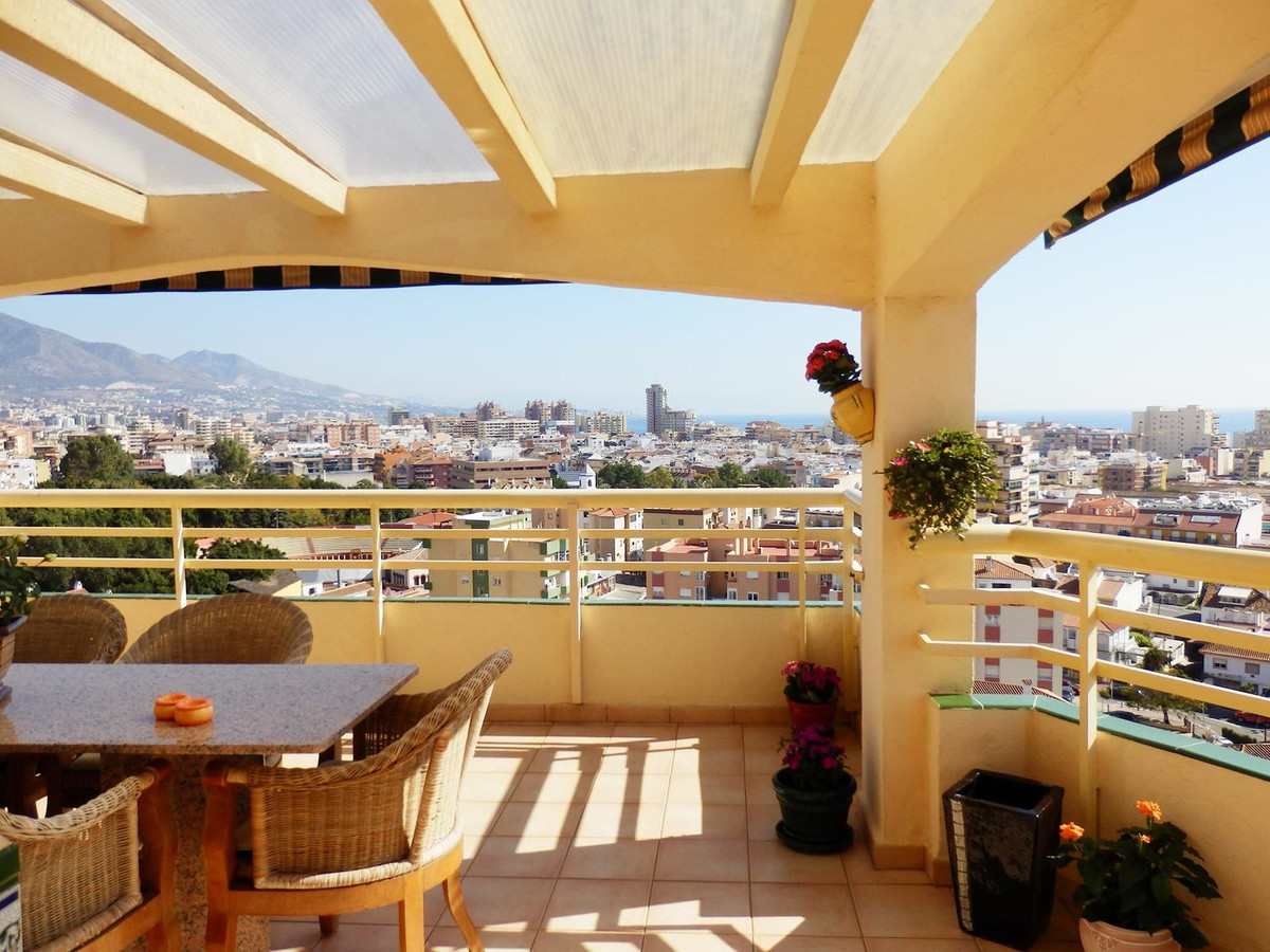Amazing panoramic views from the 9th floor, luxurious penthouse in the centre of Fuengirola. 2 large, Spain