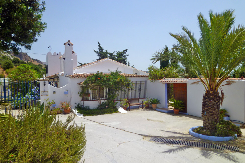 Country house with guest accommodation and horse stables near Casares, Costa del Sol  This romantic , Spain