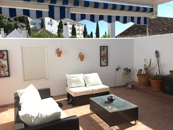 New to the market….we bring you this delightful townhouse situated in Pueblo Mijitas, a pretty Andal, Spain