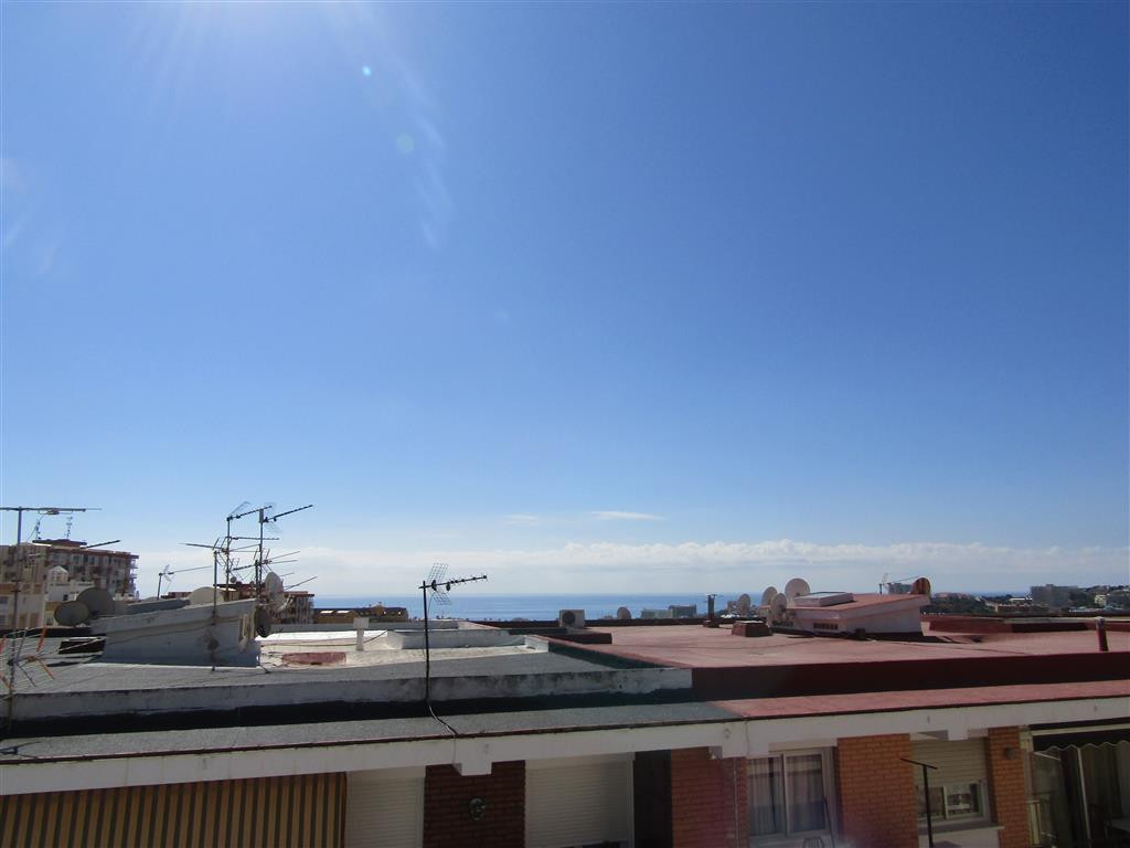 Top Floor Apartment, Arroyo de la Miel, Costa del Sol. 2 Bedrooms, 1 Bathroom, Built 82 m², Terrace , Spain