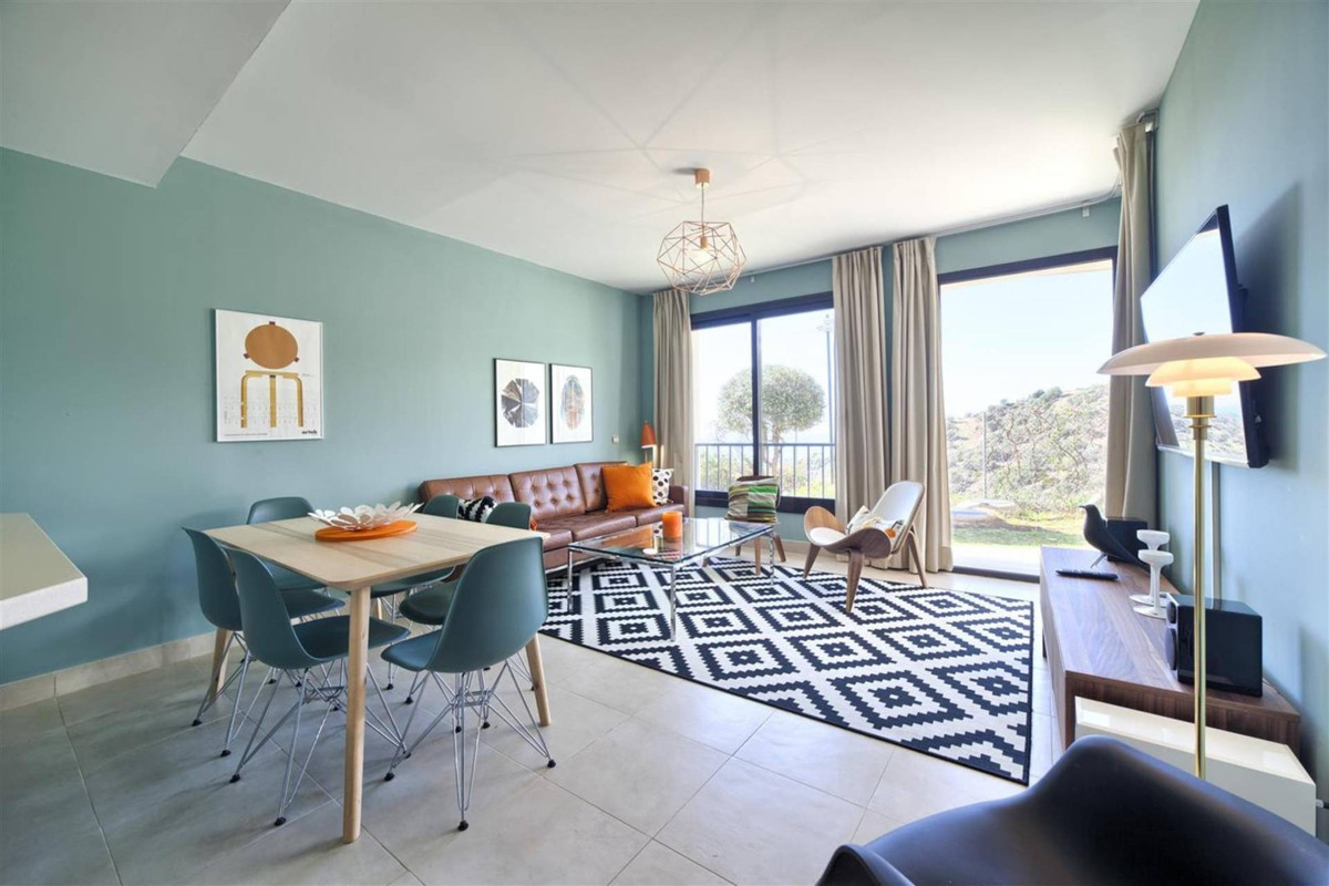 Exclusive ground floor apartment with stunning views!  In lovely surroundings with views of Marbella,Spain