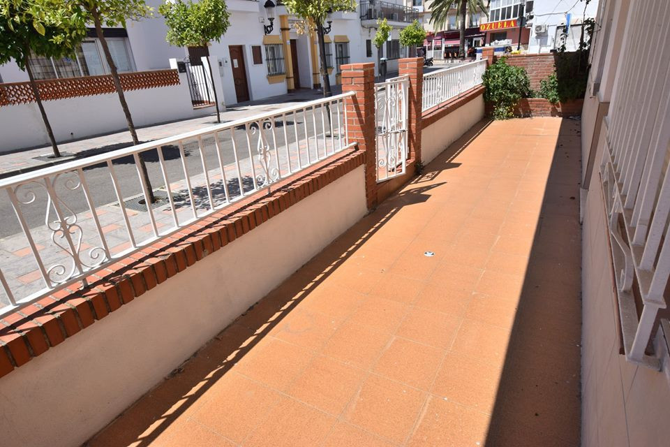 Ground floor Apartment located in Los Pacos 3 bedrooms 2 bathrooms 20 m2 terrace south orientation A, Spain