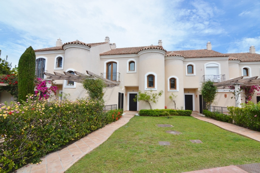 Estepona   Townhouse, Estepona, Costa del Sol. 3 Bedrooms, 2 Bathrooms, Built 250 m², Terrace 50 m²., Spain