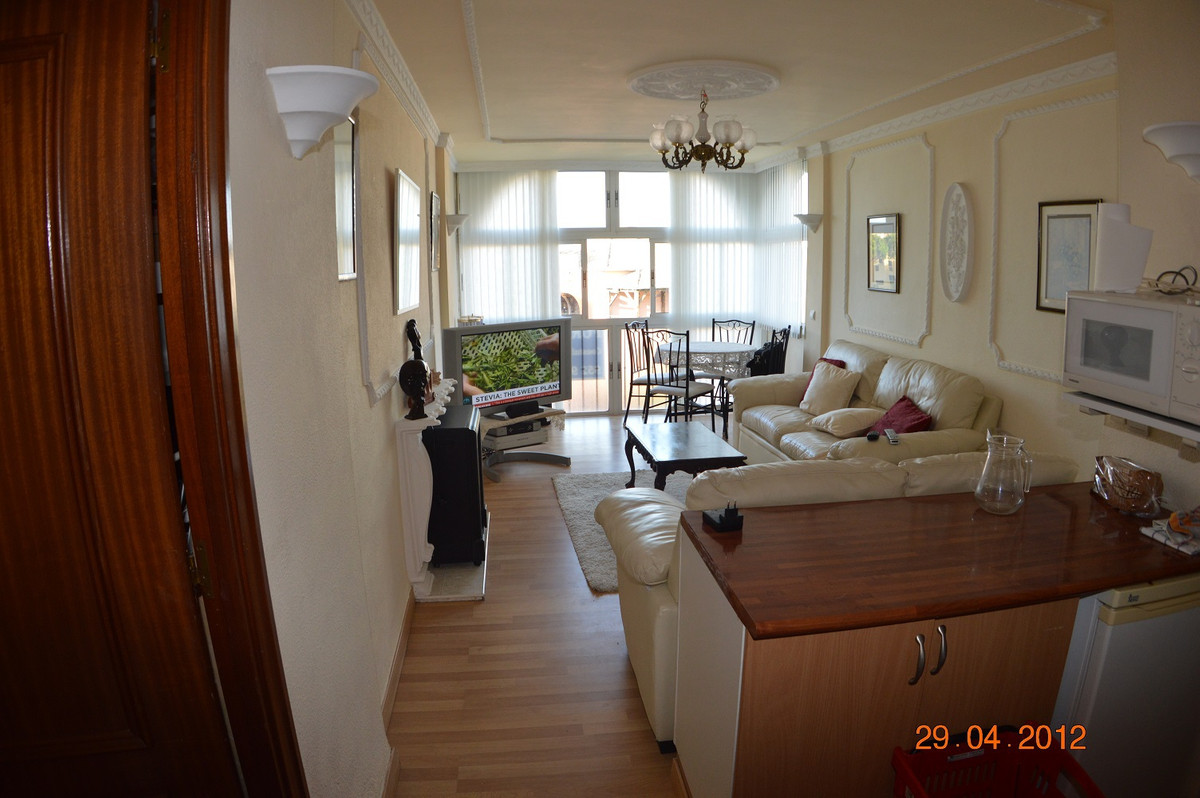 Cosy and light 1 bedroom and 1 bathroom apartment only 300 metres from the sea and in front of the C,Spain