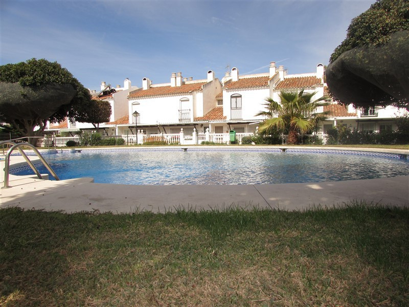 Townhouse located in the urbanization of Guadalmar with a communal pool and gardens with an indoor t,Spain