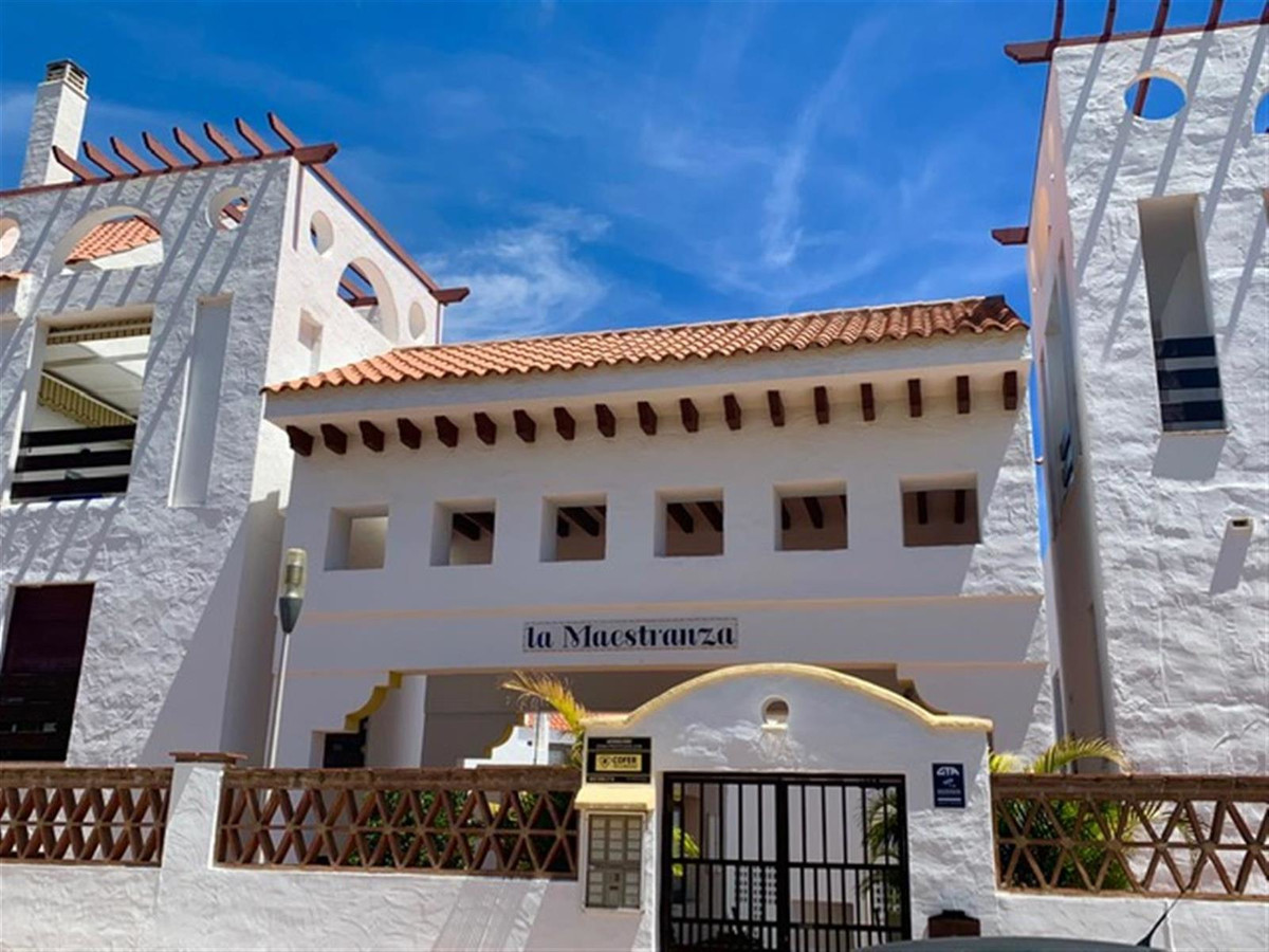 A unique bright & airy spacious 3 bedroomed Duplex Penthouse which sits within the popular secur,Spain