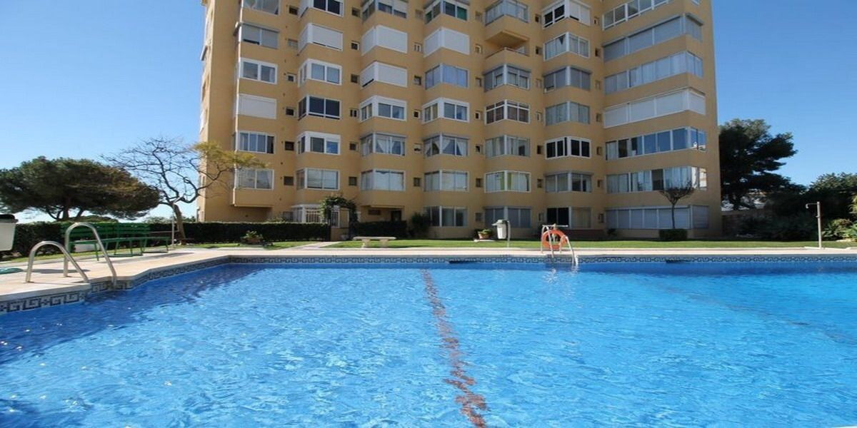 A lovely studio apartment in La Cala de Mijas, Mijas Costa just 200 meters to the beach which has be, Spain