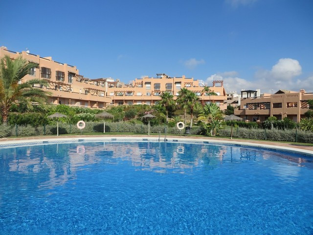 Very nice 2 bed holiday apartment with airconditioning near the beach of Casares (1.700m to beach) a,Spain