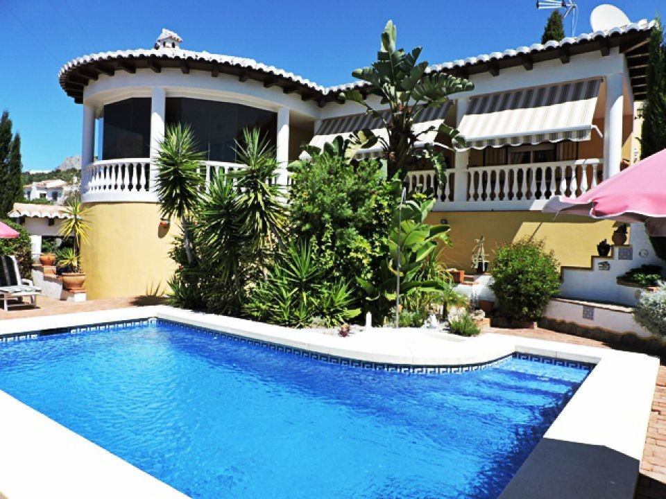 A lovey 2 bedroom 2 bathroom villa built to a very high standard and with wonderful countryside view,Spain