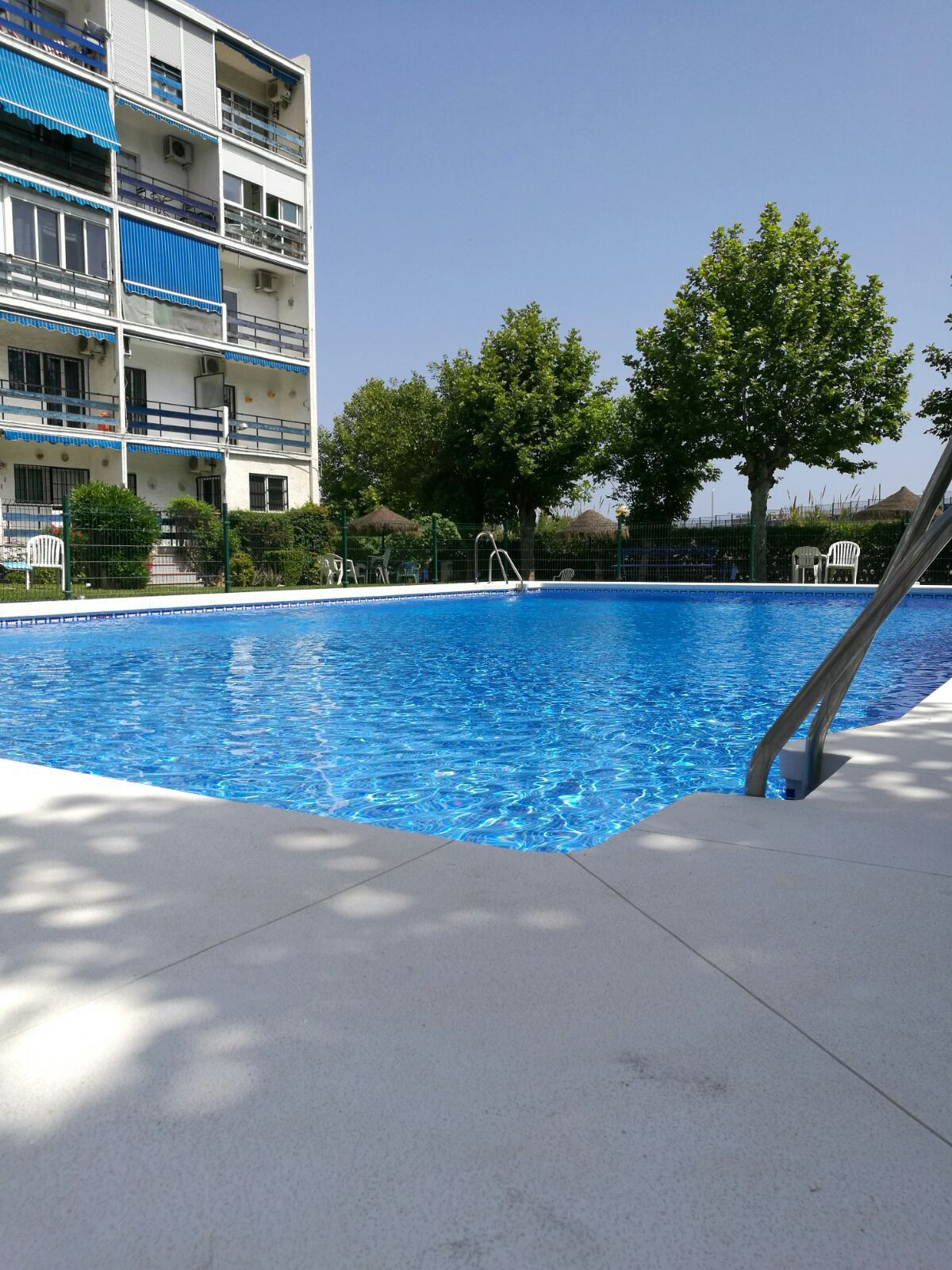 Very well presented ground floor studio apartment located in the in Los Alamos area of Torremolinos , Spain