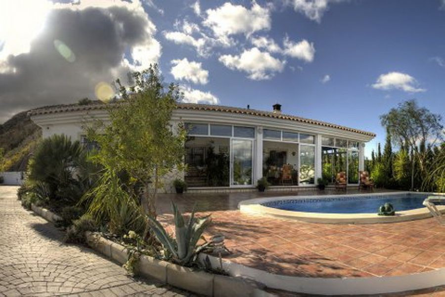Wonderful Villa with fantastic views of the mountains and the lake, living room with fireplace, larg,Spain