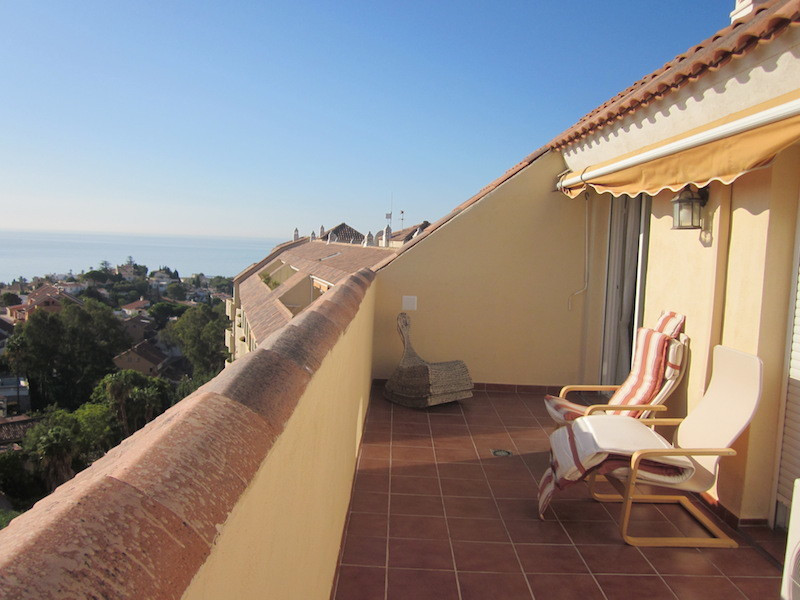 for sale very nice and bright 2bedroom 2bathroom penthouse in Torreblanca Fuengirola, 1,5km to the b, Spain