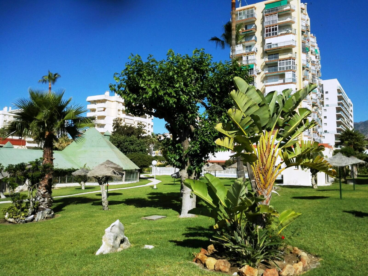FRONT LINE BEACH STUDIO AT SUPER PRICE REDUCTION IN BENALMADENA COAST!. SEA SIDE VIEWS, SOUTH ORIENT, Spain