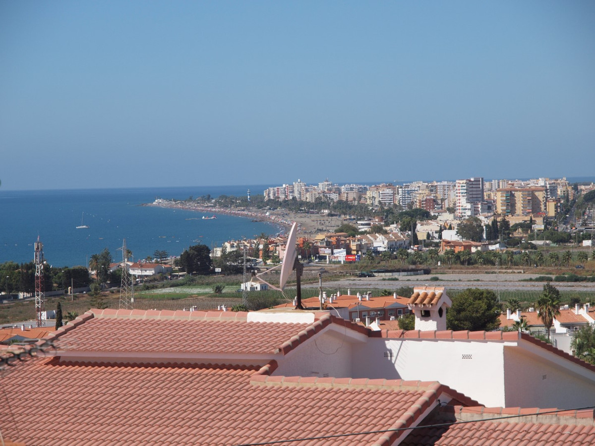Nice villa with spectacular views of the sea in Caleta de Velez, this property consists of a spaciou, Spain