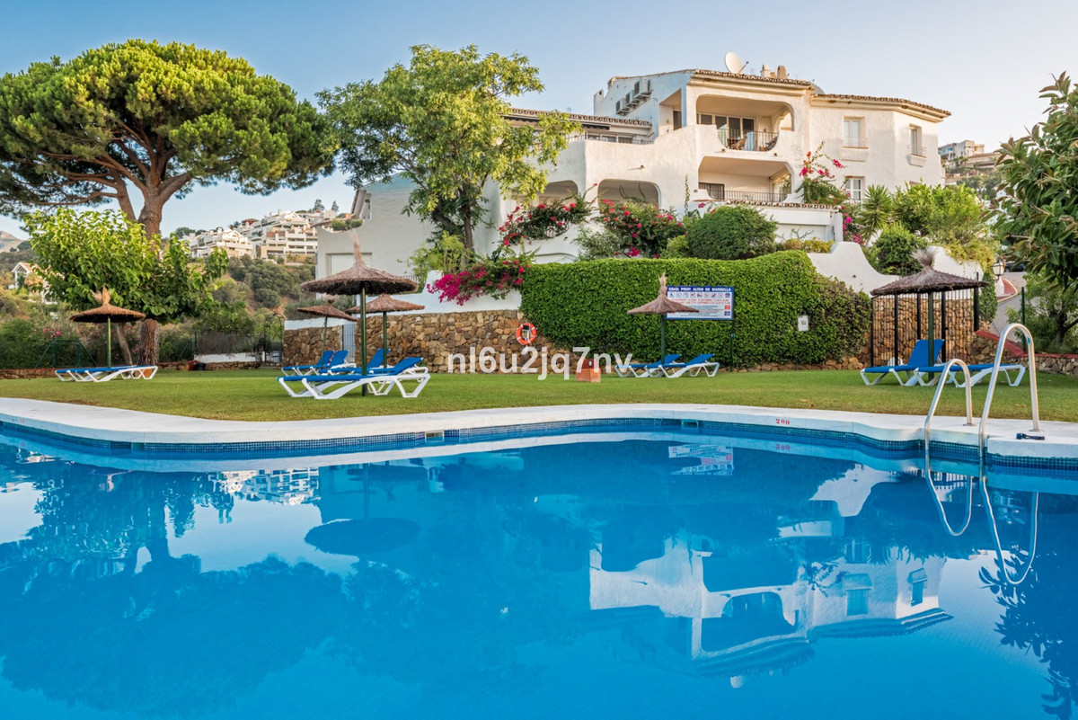 *Vast, recently refurbished four bedroomed, two story property, south facing with a traditional Span, Spain
