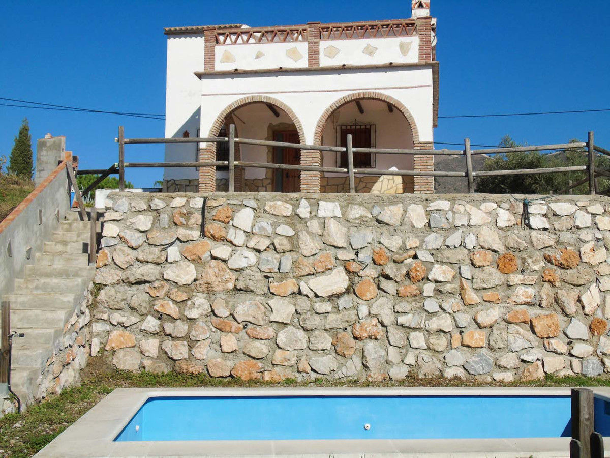 Beautiful independent country houses in Torrox for sale, between Nerja and Torre del Mar. Two indepe,Spain