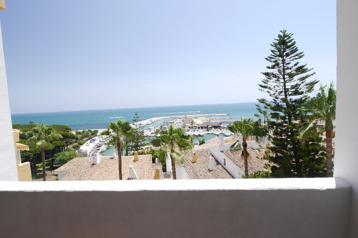 Amazing apartment in excellent location, just steps from the beach with stunning views,  two terrace,Spain