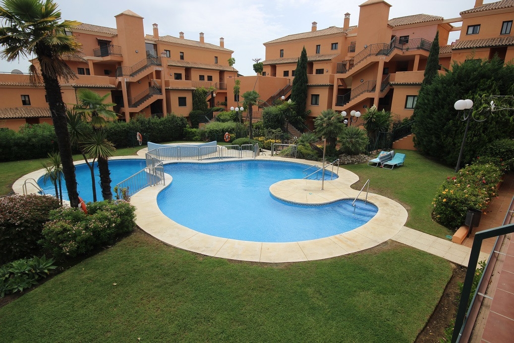 Lovely apartment situated in prestigious Santa Maria golf area. The property is in a tranquil area s,Spain