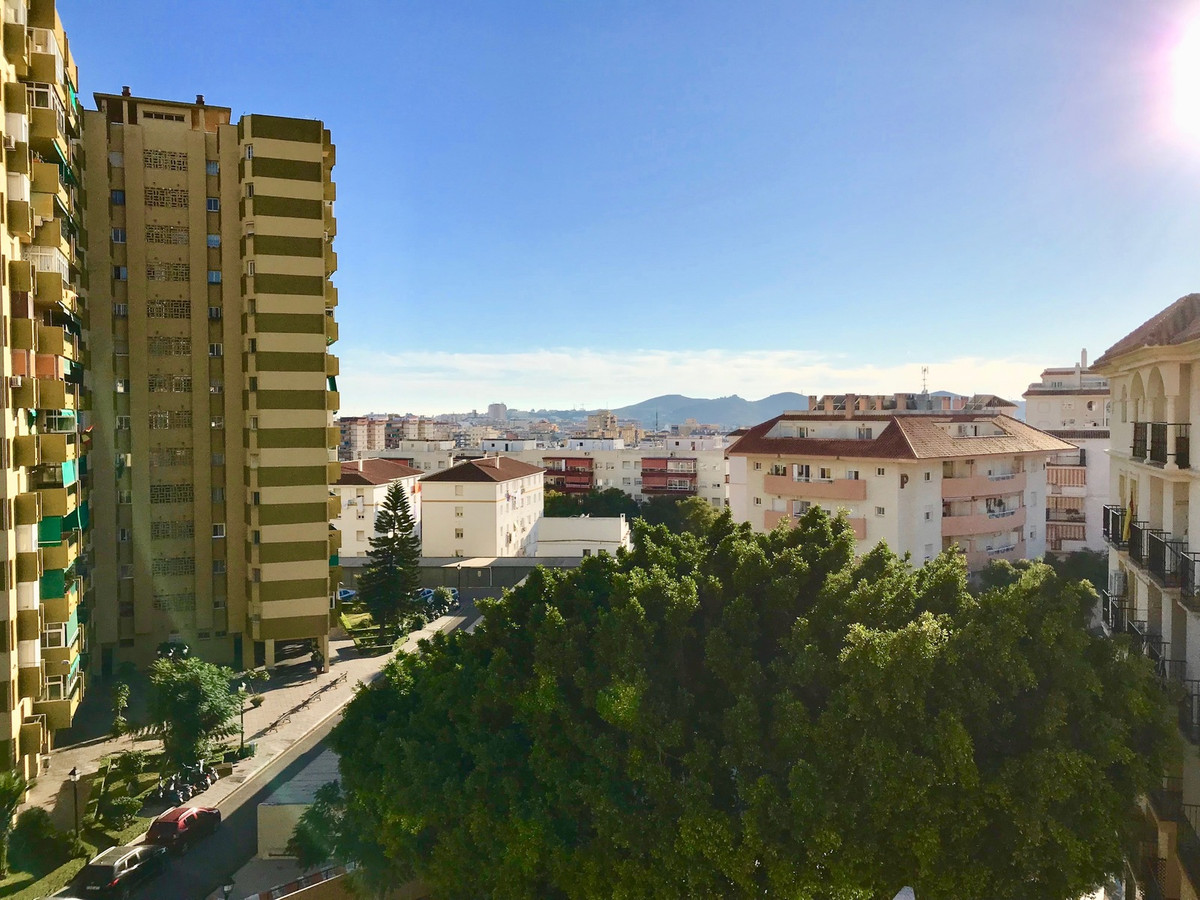 A fantastic and bright apartment in the heart of Fuengirola, just ten minutes walk from the beach.  ,Spain
