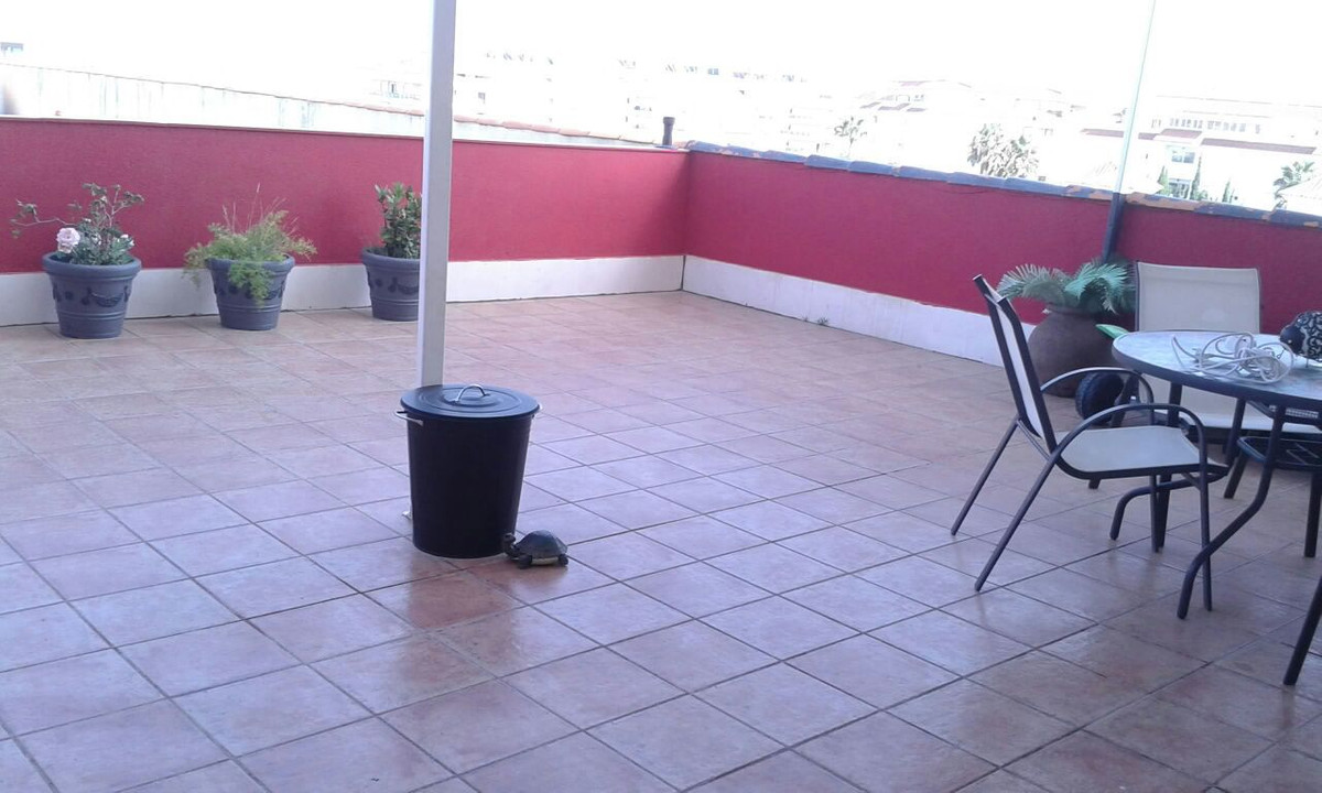 Beautiful apartment with a stunning terrace of 50 sqm and one 10 sqm, with all the services a few me,Spain